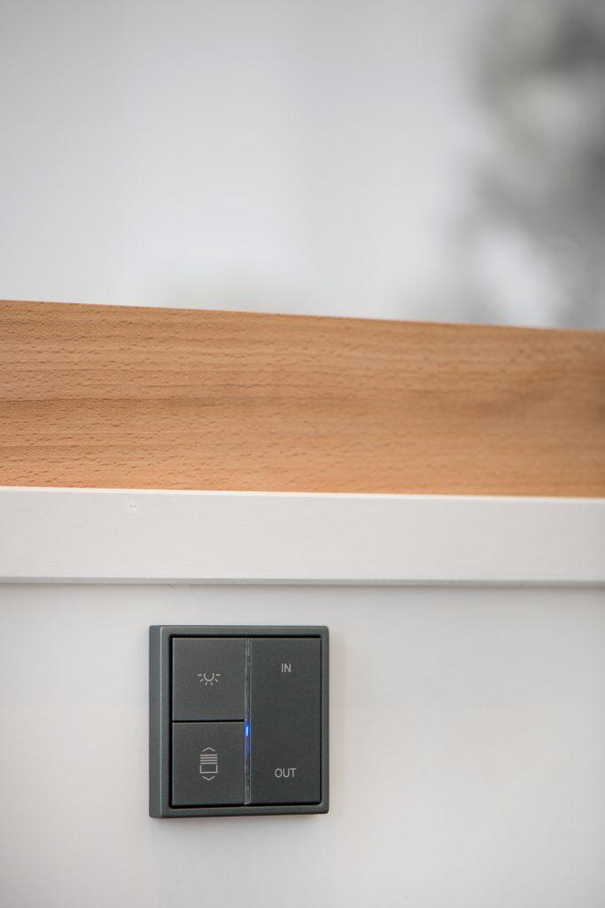 Grâce à la domotique notre client gère son éclairage et plus... AC2R