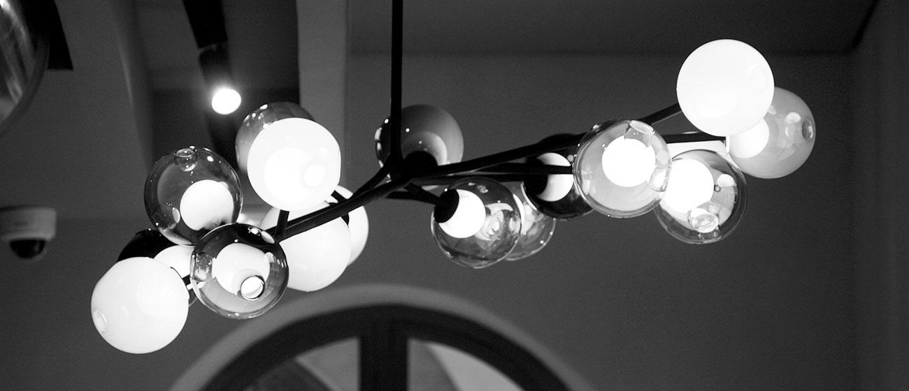 AC2R, spécialiste en électricité installe des luminaires de la marque Bocci